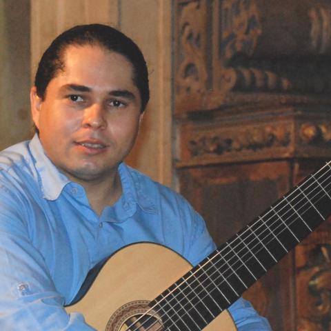 Luis Ricardo Silva Queiroz