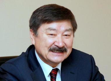 Professor Dusen Kaseinov